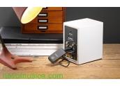 Set inalámbrico Audio Pro WF-100 consta de emisor TX-100 y receptor RX-100 para