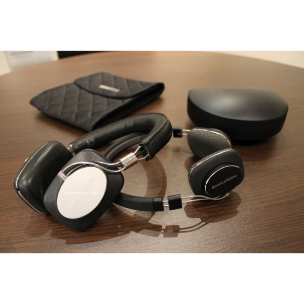 Auriculares B Amp W P3